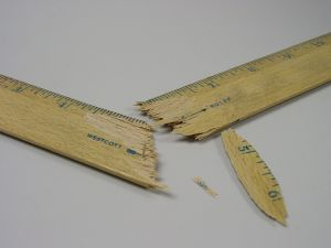 131690_broken_ruler_2